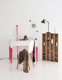 home office with pink details