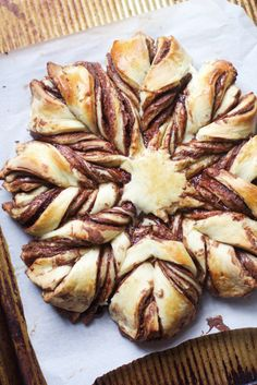 How delicious does this Braided Nutella Pastry look? via The Baker Chick Delicious Desserts, Dessert Recipes, Brunch Recipes, Cake Recipes, Breakfast Recipes, Yummy Food, Sweet Bread, Bento, Sweet Tooth