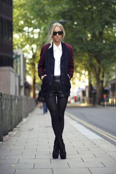 Street style...swap out black shorts for black skinnies cos my legs will never look that fab...