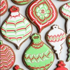 Video blog on how to Marble or Swirl Royal Icing on Cookies