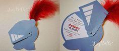 Dein tapferer Ritter lädt zur Kindergeburtstagsparty! Da muss die Einladung entsprechend ritterlich passend sein. Hier ist eine wunderschöne Idee dafür.  Weitere passende Ideen für Essen, Deko, Spiele und Give-aways für Deine Kindergeburtstagsparty findest Du auf blog.balloonas.com #kindergeburtstag #balloonas #ritter #motto #party #einladung #jungs