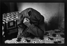 Psychiatric hospital, Collegno near Turin, Piedmont region. Italy. 1980. © Raymond Depardon / Magnum Photos