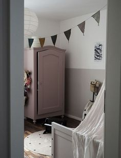 Dusky pink wardrobe - Pin GO! Cool Bedrooms For Boys, Girls Bedroom, Room Girls, Childrens Bedroom, Bedroom Ideas, Pink Wardrobe, Bedroom Wardrobe, Kids Corner, Little Girl Rooms