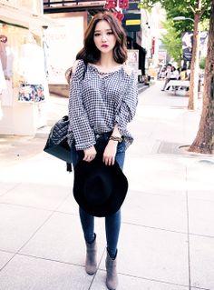 korean fashion - ulzzang - ulzzang fashion - cute girl - cute outfit - seoul style - asian fashion - korean style - Chuu fashion