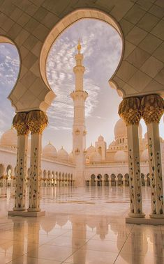 ღღ Abu Dhabi, United Arab Emirates, Grand Mosque Sheikh Zayed - The Pillars of the Earth by julian john - Magnificant! Dubai Wallpaper, Mecca Wallpaper, Islamic Wallpaper Iphone, Abu Dhabi, Mosque Architecture, Art And Architecture, Ancient Architecture, Beautiful Mosques, Islamic Architecture