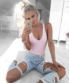 Find More at => http://feedproxy.google.com/~r/amazingoutfits/~3/B3kQ5UITUus/AmazingOutfits.page