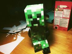 Large Minecraft Creeper free Papercraft printable template ~ FPSX Games