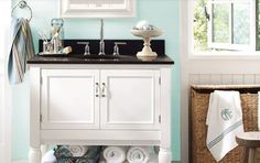 http://homerenovations.about.com/od/bathrooms/ss/BathroomPaintColors_19.htm