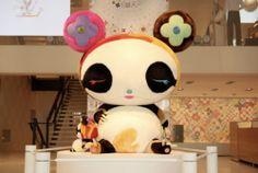 "Louis Vuitton x Takashi Murakami ""Multicolor Spring Pallet"" Store Design Takashi Murakami Art, Art Jouet, Murakami Flower, Louis Vuitton Usa, Superflat, Toy Art, Comme Des Garcons, Vinyl Toys, Kawaii Art"