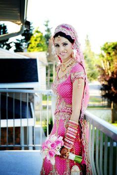 Beautiful color, beautiful bride.