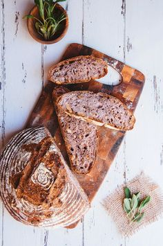 Sage- and Walnut Bread - using 80% Biga as preferment - if not using the walnut/sage paste - then use spelt/whole wheat flour