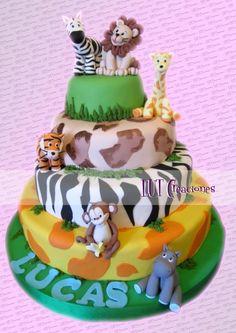 Torta decorada Animalitos de la selva