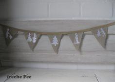 zuckersüße *Wimpelgirlande* aus Bauern-Leinen, betickt mit den zuckersüßen Motiven aus meiner neuen Scherenschnitt-Stickserie +WinterFreude+ in weiß