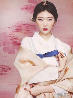 New modern korean fashion Korean Traditional Clothes, Traditional Fashion, Traditional Dresses, Asian Fashion, Fashion Photo, Women's Fashion, Modern Hanbok, Korean Wedding, Girl Inspiration
