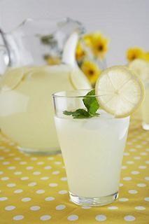 Master Cleanse Recipe for 1 Gallon...the lemonade looks nothing like this