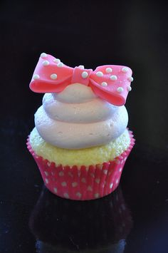 Minnie Mouse Inspired Cupcake♥♥♥