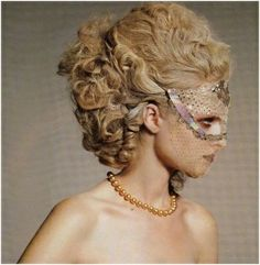 marie antoinette hair! This will be my hair when I finally attend a masquerade ball!