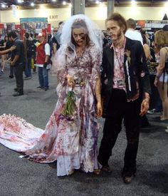 Zombie bride and groom cosplay at Phoenix Comicon 2013.