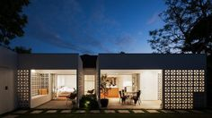 The evolution of the verandah: from uncommon canopies to unusual ...
