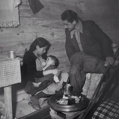 A #photo dedicated to #Mother'sDay - #Athens 1947-48 photo by Voula Papaioannou #BenakiMuseum #PhotographicArchives #photooftheday #picoftheday #beautiful #nice #instagood #instamood #iloveathens #ig_athens #ig_greece #gf_greece #bnw