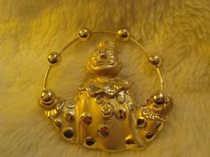 Vintage Signed AJC American Jewelry Chain Gold Tone Clown Juggling Balls Brooch #AmericanJewelryChainAJC