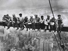 Construction of the Empire State Building....love this picture!