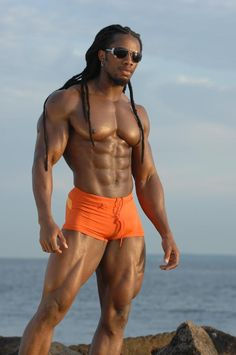 Ulisses Williams, Jr. is a 34-year-old natural bodybuilder of West Indian and West African descent (according to Black Flex) who lives and works in New York City.