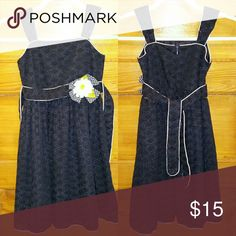 Girls Navy Blue Dress with Flower. Size 6x Hello Posh Community! This is a cute Nay Blue dress with a flower accent by Sweet Heart Rose. This Girls Dress is a size 6x. It's in great condition. Please look at photos. Thanks for looking. Sweet Heart Rose Dresses