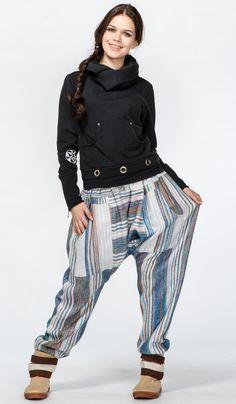 https://indiastyle.ru/women-warm-pants/product/shtany-teplye-belaya-gavan Непальские шерстяные штаны алладины, теплые штаны для зимней йоги Warm wool nepal pants 2920 рублей
