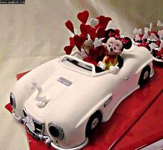 Minnie's Car Cake