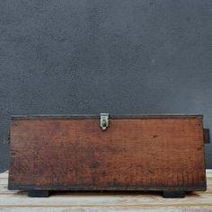 Caja Letras Industrial, Vintage, Filing Cabinets, Boxes, Lyrics, Vintage Comics