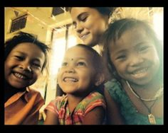 Selena Gomez visits children of Nepal for UNICEF Selena Gomez Fotos, Selena Gomez Pictures, Best Instagram Photos, Marie Gomez, She Song, Hollywood Life, Celebs, Celebrities, Sweet Girls