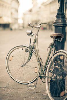 bicycle + street lamp