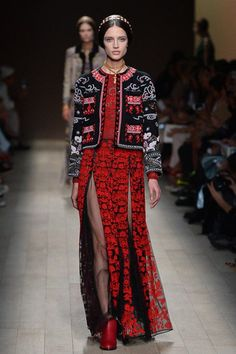 Valentino Sping/Summer 2014 Ready-to-Wear #PFW #FW