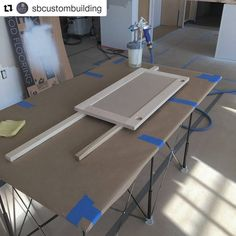 #Painting #cabinet #doors on the #jobsite with a #portable #CentipedeSupport #workbench in this repost via @sbcustombuilding:  Love this little 2'x 4' @centipedetool work station. #kitchendesign #kitchen #carpenter #cabinetmaker #capecodlife #capecod #woodworking #keepcraftalive #finehomebuilding #finewoodworking #finewoodworkingmagazine #customhomes #interiordesign #shaker #spray #centipede #fujispray ・・・ with @repostapp #CentipedeTool #cabinetry #carpentry #joinery #renovation…