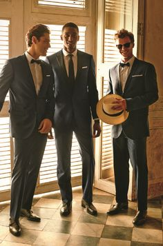 Freshly dressed grooms are necessary for a dream wedding!
