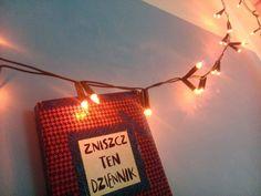 Podesłała Patrycja Sobczak #zniszcztendziennikwszedzie #zniszcztendziennik #kerismith #wreckthisjournal #book #ksiazka #KreatywnaDestrukcja #DIY