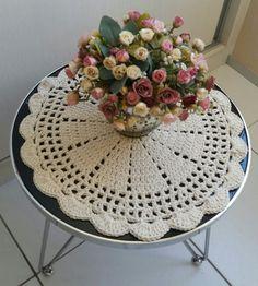 Toalhinha centro de mesa (Crochê)