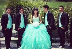 Photo idea :) love the color dress ^_^ Quinceanera Dresses, Quinceanera Party, 15 Anos Dresses, Tiffany Sweet 16, Pnina Tornai Dresses, Debut Party, Mother Daughter Pictures, Dress With Converse, Quinceanera Collection
