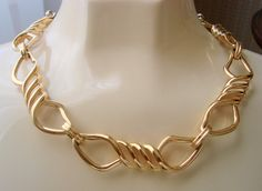 """This wonderful vintage Monet necklace is presented by JoysShop for your consideration and features heavy gold plate modernist links! Designer: Signed """"Monet"""" With Copyrig... #voguet #teamlove"""