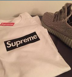 dc892929f2c8 Supreme shirt and yeezy!! MJsneaks ( NtSneaks)