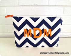 Tutorial for chevron zipper pouch - perfect for throwing into purse!