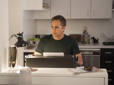 """Mark Ruffalo as Ned Weeks in """"The Normal Heart"""""""