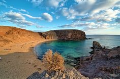 Playa de Papagayo on Lanzarote. Photo by Luc