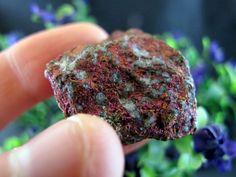 Bornite Peacock Ore Natural Stone 30 grams, Crystal Healing & Collection