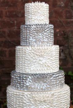 37 Gorgeous Winter Wedding Ideas in Silver Theme - Hochzeitstorte Beautiful Wedding Cakes, Gorgeous Cakes, Pretty Cakes, Amazing Cakes, Cupcakes, Cupcake Cakes, Shoe Cakes, Fancy Cakes, Crazy Cakes