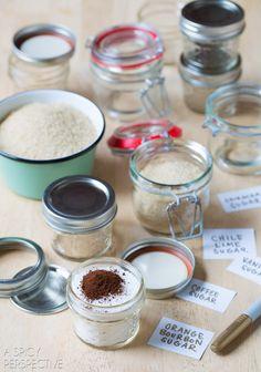 How to Make Easy Flavored Sugars - Flavored Sugar Recipes #ediblegifts #homemadegifts
