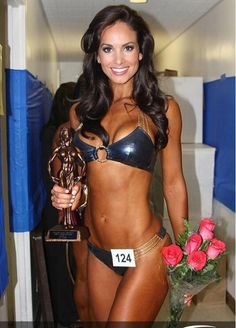 Female Form #StrongIsBeautiful Brooke Mora... fitness model