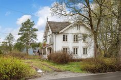 Beautiful house for sale, needs just a little bit of paint :) ; Eidsvoll / Norway