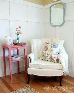 French Arm Chair Makeover with a mix of Pure White & Old White Chalk Paint® decorative paint by Annie Sloan | By Artsy Chicks Rule http://www.artsychicksrule.com/2014/02/thrifty-french-chair-makeover-annie-sloan-chalk-paint.html
